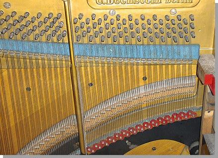 bechstein-piano-4.jpg - 26438 Bytes
